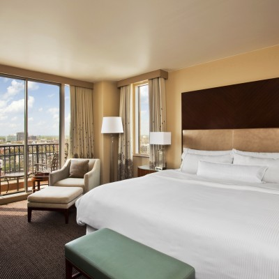 wes1169gr-135902-River view - King Room